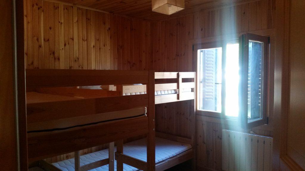 Dormitorio norte de la casa rural